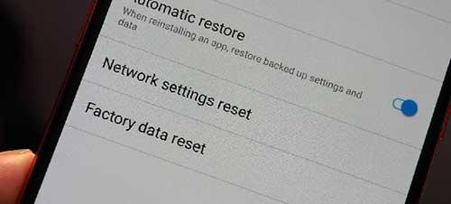 Reset Pabrik Smartphone sinyal indosat hilang